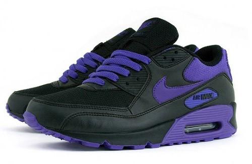 newest 48b88 7dac7 purple nike air max womens