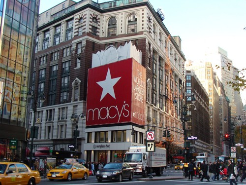 Macy's To Close 11 Stores
