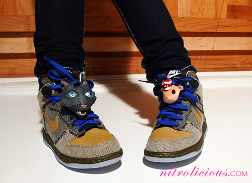 best sneakers fa178 dd7ee nike sb dunk coraline for sale