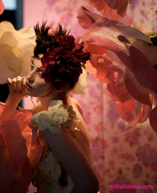 mac-a-rose-romance-campaign-2