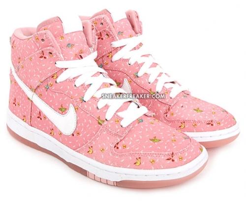 Nike Womens Dunk High Skinny QS - Doves   Butterflies - nitrolicious.com 053094162dd6