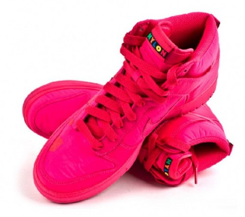 pink nike dunks high