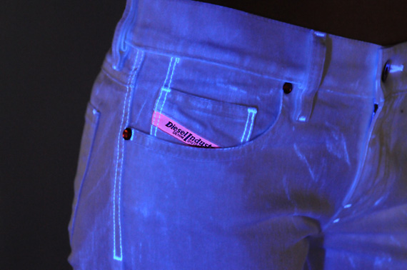 diesel-flash-for-fun-jeans-03