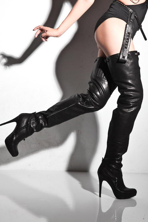 Report Signature Kane Thigh High Boots - nitrolicious.com