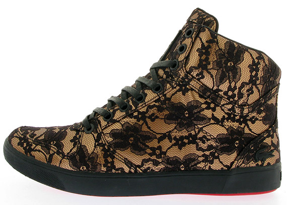 married-to-the-mob-x-lacoste-hironia-gold-05