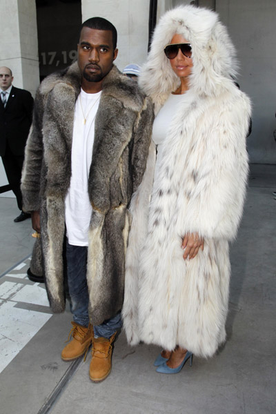 Kanye West & Amber Rose @ Louis Vuitton Men's Fall 2010 ...