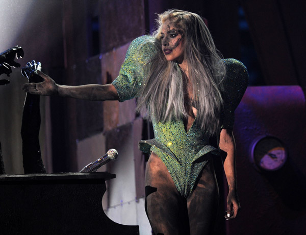 Grammy Performances 2010 Lady Gaga Grammy Awards 2010