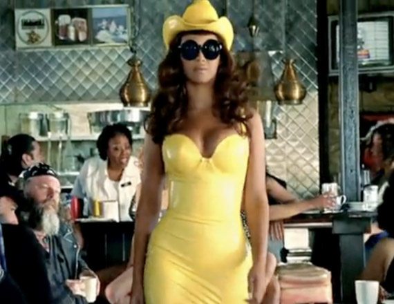Lady gaga featuring beyonc 233 telephone official video