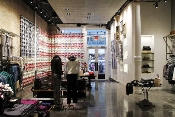 converse discount store