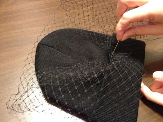 90127ddfb16 DIY Jil Sander Veiled Beanie - nitrolicious.com