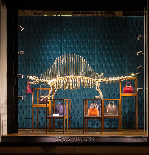 Louis Vuitton 'Dinosaurs' 5th Avenue Maison's Windows