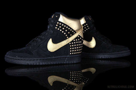 Nike Dunk Sky Hi Studs – Available