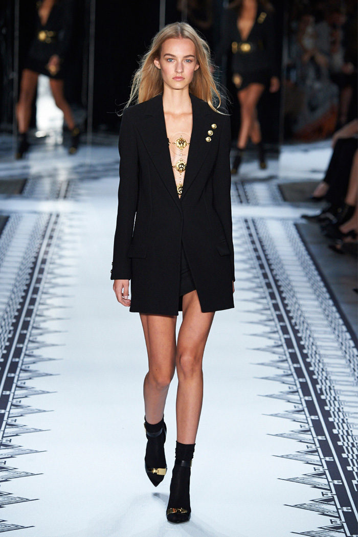 6aed04123b7 Anthony Vaccarello x Versus Versace Spring 2015 Collection ...