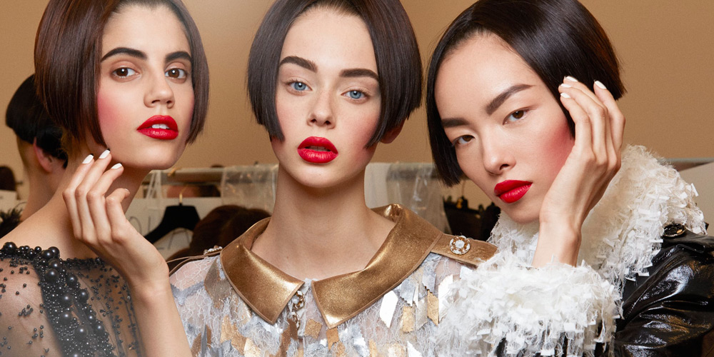 CHANEL Fall/Winter 2015-16 Haute Couture Show Backstage Makeup